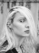 Naomi-profilo